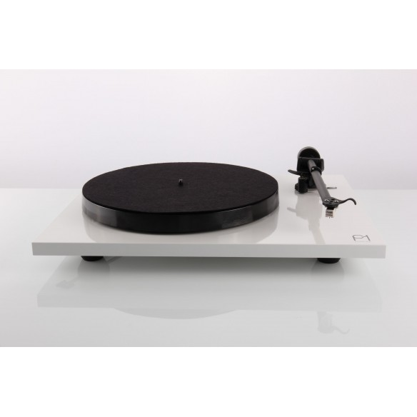 "Rega Plattenspieler Planar 1 mit Tonabnehmersystem ""Carbon"""